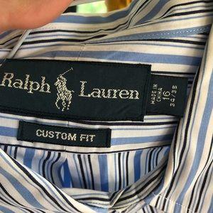 Custom fit stripped dress shirt